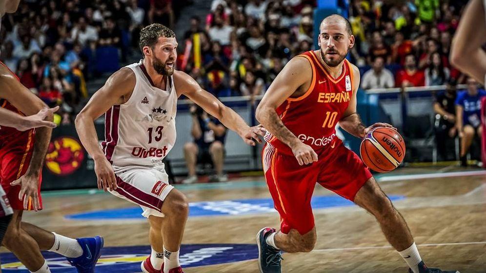 Foto: Quino Colom fue el máximo anotador de España (18 puntos) en el partido contra Letonia. (FIBA)
