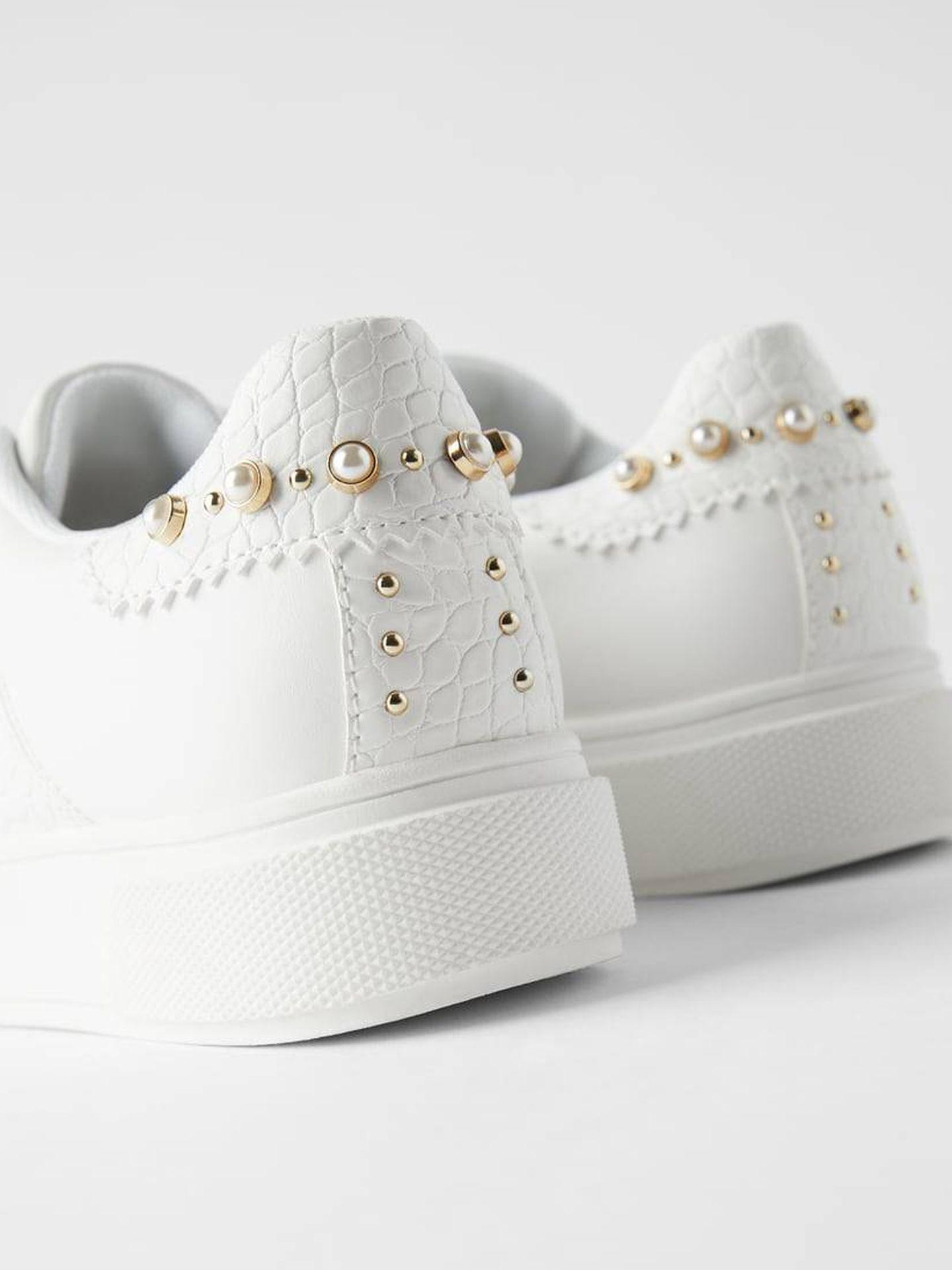 Las zapatillas de deporte de Zara. (Cortesía)