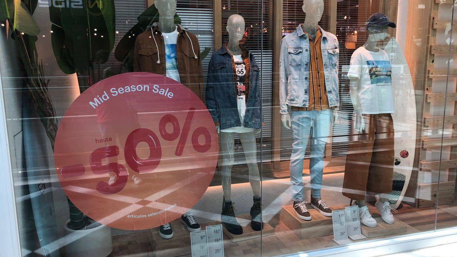 Foto: Pull & Bear ofrece promociones 'de mitad de temporada' tanto en tiendas físicas como en su web.