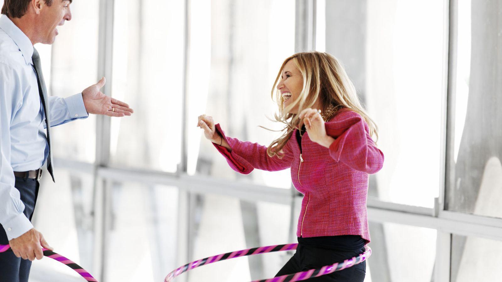 Foto: Esta podría ser la séptima, pero no a todos los empresarios les gusta la idea de que te pongas a bailar el hula hoop mientras cierras un acuerdo. (iStock)