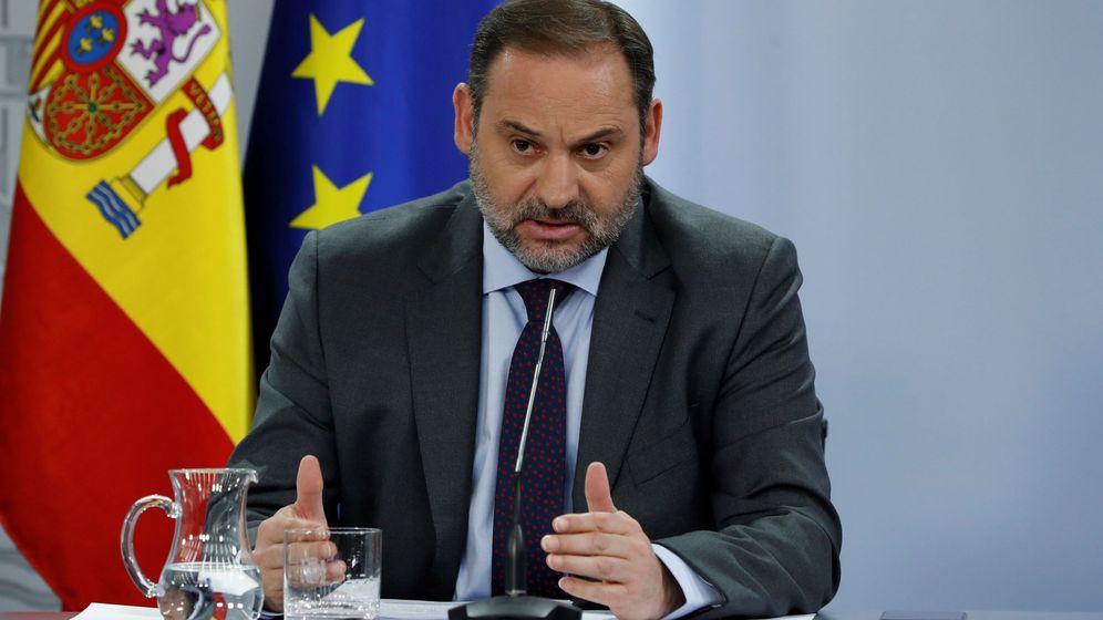 Foto: José Luis Ábalos, tras el consejo de ministros. (EFE)