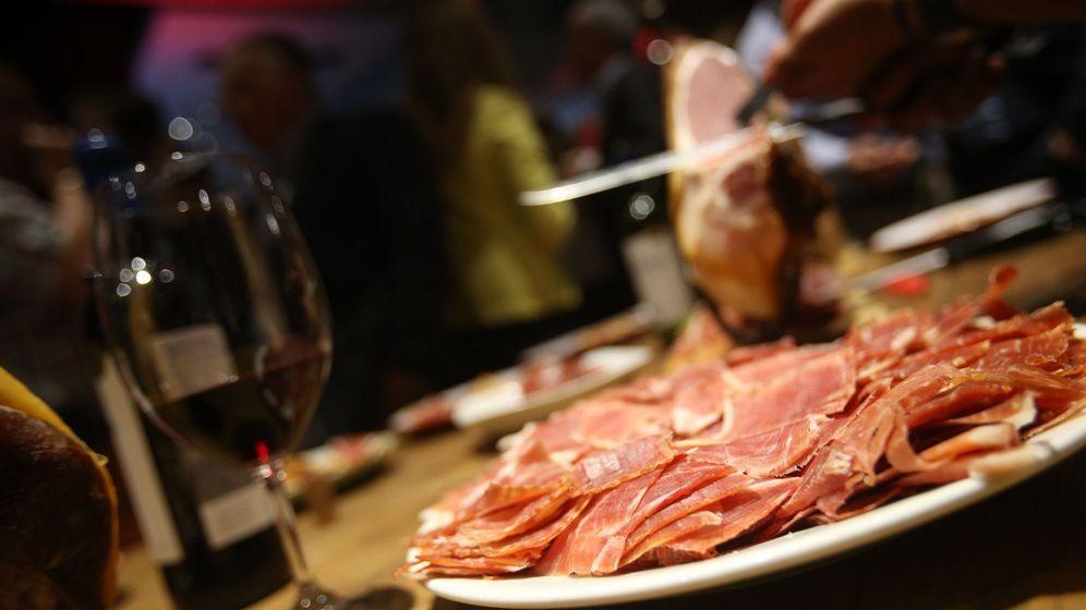 Foto: El jamón, elemento indispensable en la dieta nacional. (EFE)