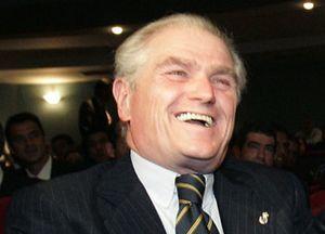 Calderón echa el 'marrón' de Capello a Mijatovic