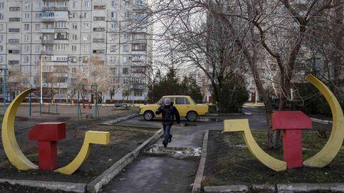 Los nuevos 'ministerios de la Verdad reescriben la historia en Europa del Este