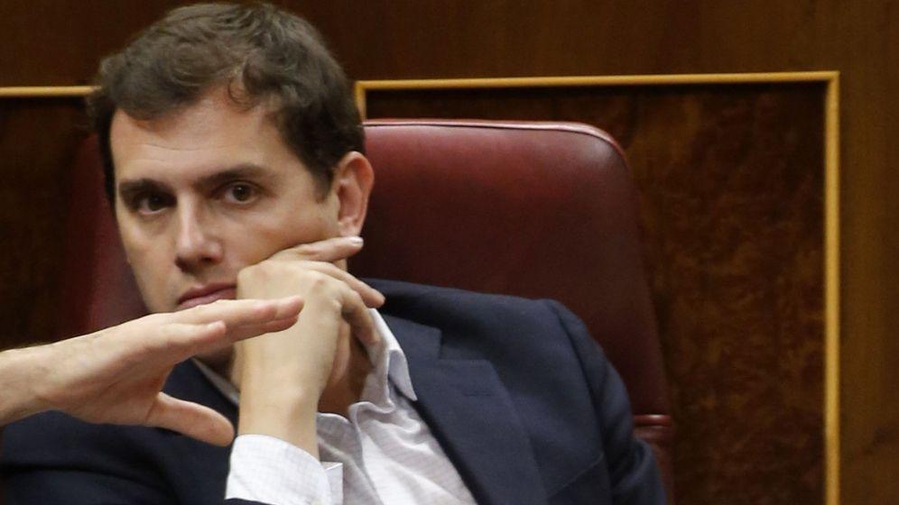 Foto: El presidente de Ciudadanos, Albert Rivera, durante el debate de los Presupuestos Generales del Estado. (EFE)