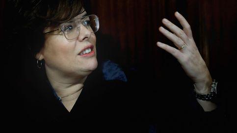 La vicepresidenta supera su peor momento y sobrevive al fuego amigo