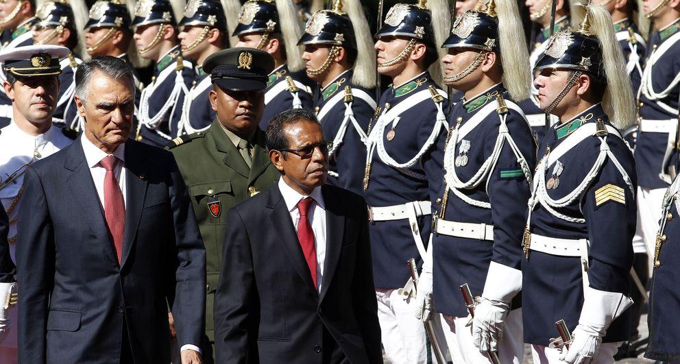 El presidente de Portugal, Anibal Cavaco Silva (izq.) y el de Timor Oriental, Taur Matan Ruak (dcha.). (Reuters)