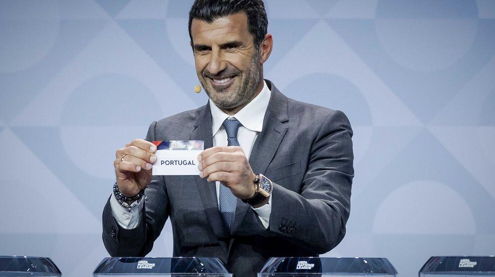 Foto: Figo, durante el sorteo de la Liga de Naciones de la UEFA, en marzo pasado (Efe).