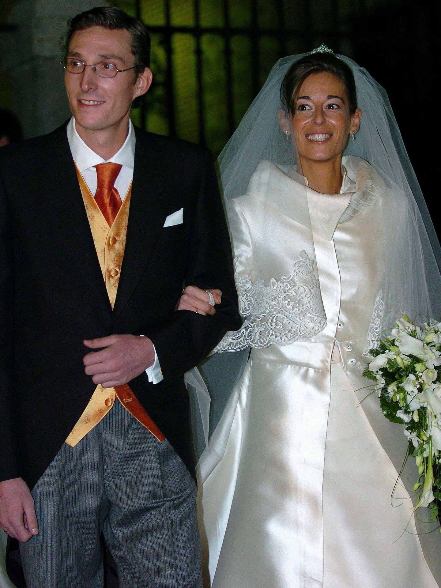Fernando Gómez-Acebo y Mónica Martín durante su boda en 2007 en la iglesia de la Encarnación, en Madrid.