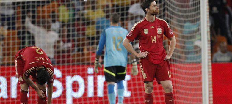 Foto: Valdés se retiró del terreno de juego por una lesión (Efe).
