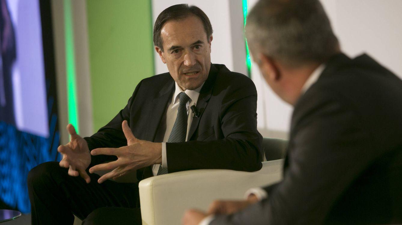 Menéndez ganará un 18% más como consejero delegado de Unicaja Banco