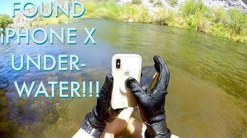 La alegría irrefenable tras saber que tu Iphone funciona después de dos semanas bajo el agua
