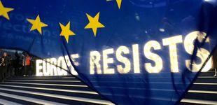 Post de La gran noche de liberales y Verdes: hunden al bipartidismo y contienen a los eurófobos
