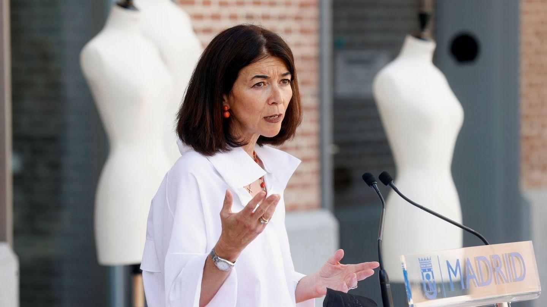 La directora de Mercedes-Benz Fashion Week, Nuria de Miguel, durante la presentación de la programación de la Semana de la Moda de Madrid 2021. (EFE)