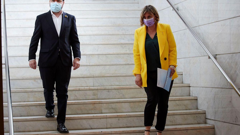 Foto: Aragonès y Vergés visitan el Hotel Catalonia, utilizado como hotel medicalizado durante la crisis del covid. (EFE)