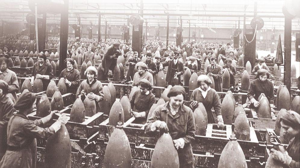 Foto: Fábrica de armas inglesa durante la Primera Guerra Mundial