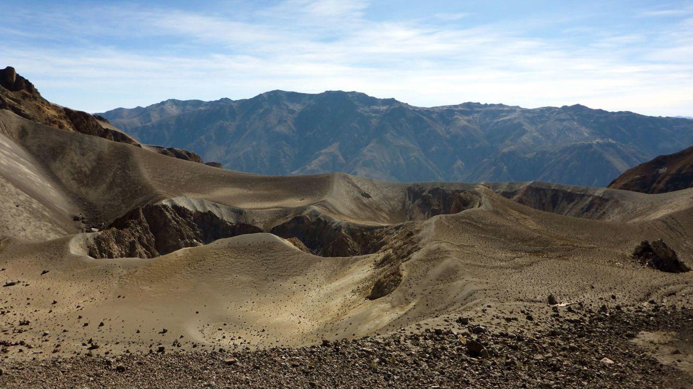 La erupción del volcán Huaynaputina de Perí en febrero de 1600 provocó un invierno que llegó a afectar la agricultura de Rusia y Alemania. Y no es un supervolcán.