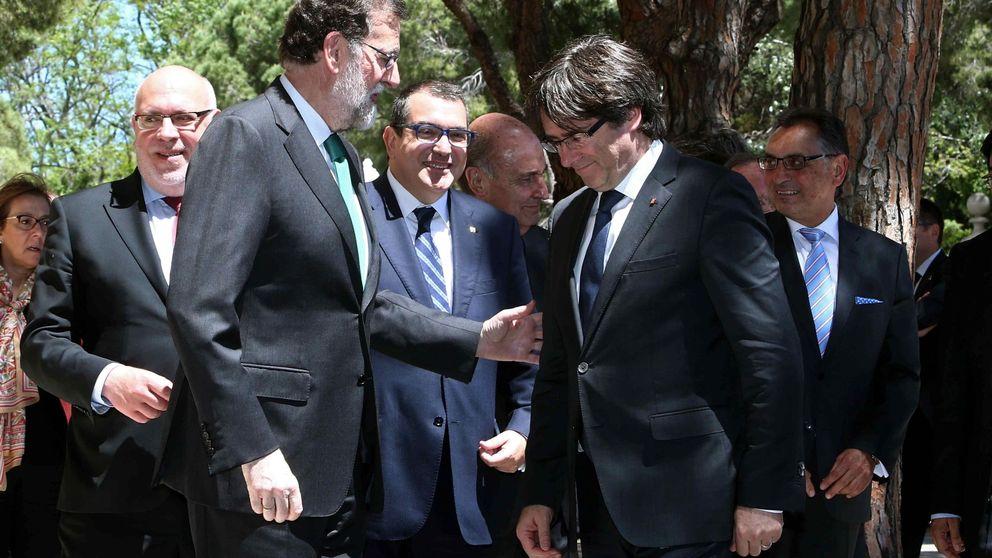 Rajoy se reserva el 155 y acompasará su respuesta a los pasos que dé Puigdemont
