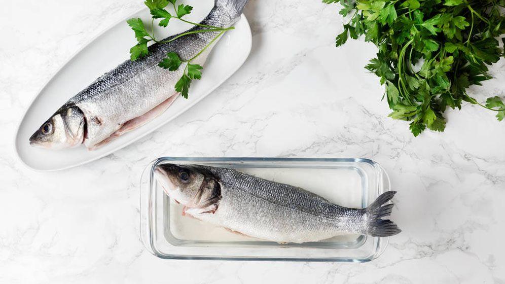 Foto: Cómo ajustar la sal en los pescados. (Snaps Fotografía)