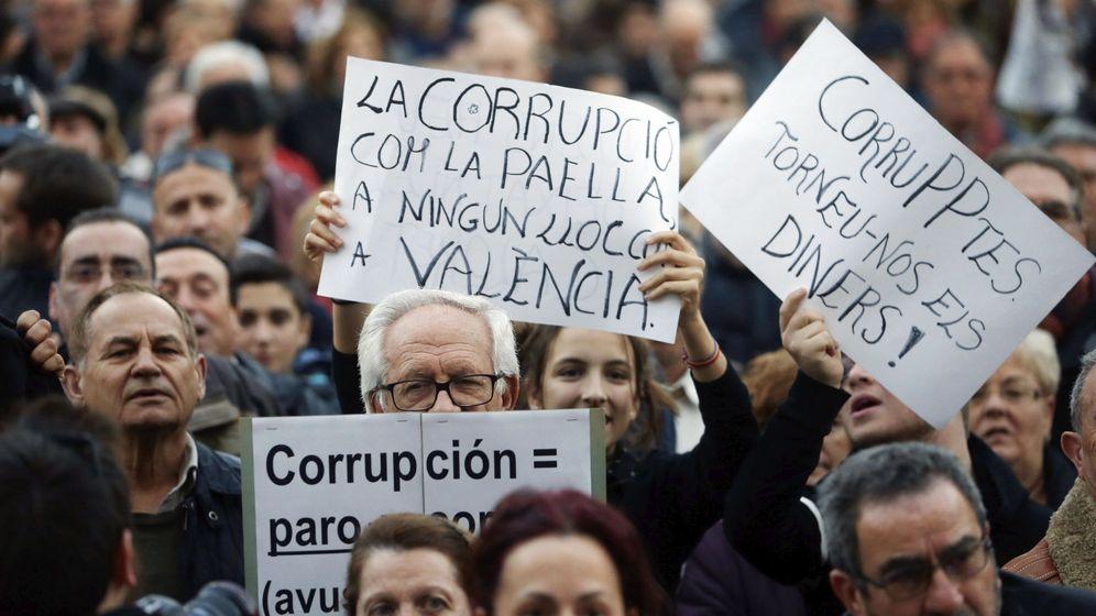 Foto: Manifestación en Valencia contra la corrupción. (EFE)