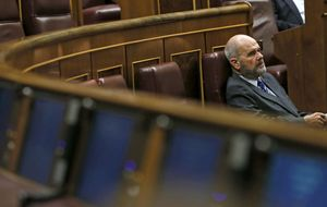 Chaves medió por Sánchez en una bronca reunión interna del PSOE