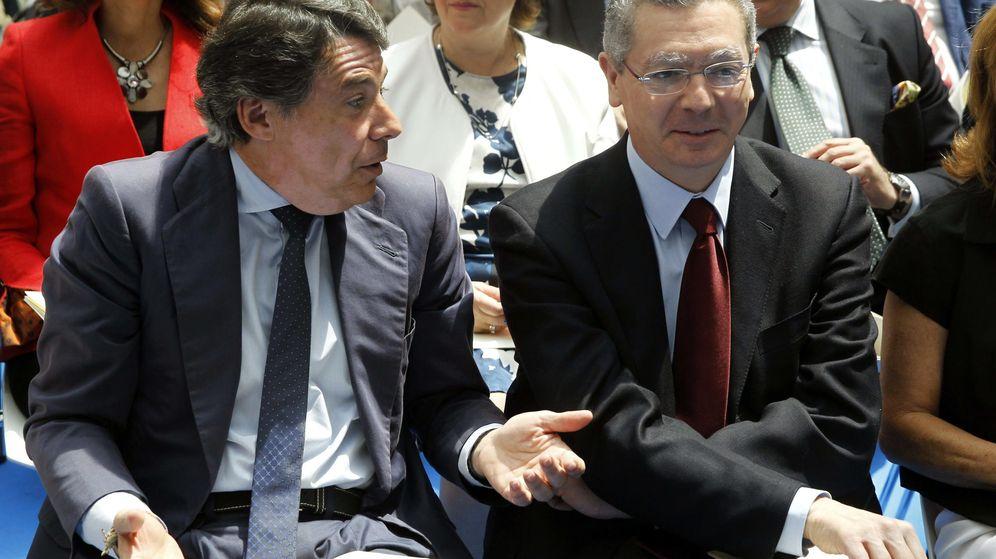 Foto: Fotografía de archivo de Ignacio González y Alberto Ruiz-Gallardón. (EFE)