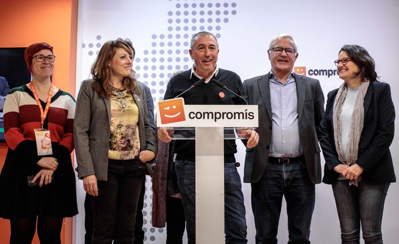 El cabeza de lista de Compromís al Congreso por València, Joan Baldoví (c) comparece tras el resultado de las elecciones generales. (EFE)