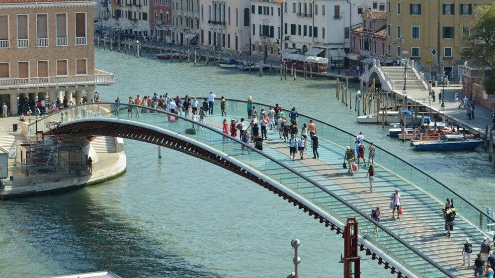 Foto: El Puente de la Constitución de Venecia diseñado por Santiago Calatrava