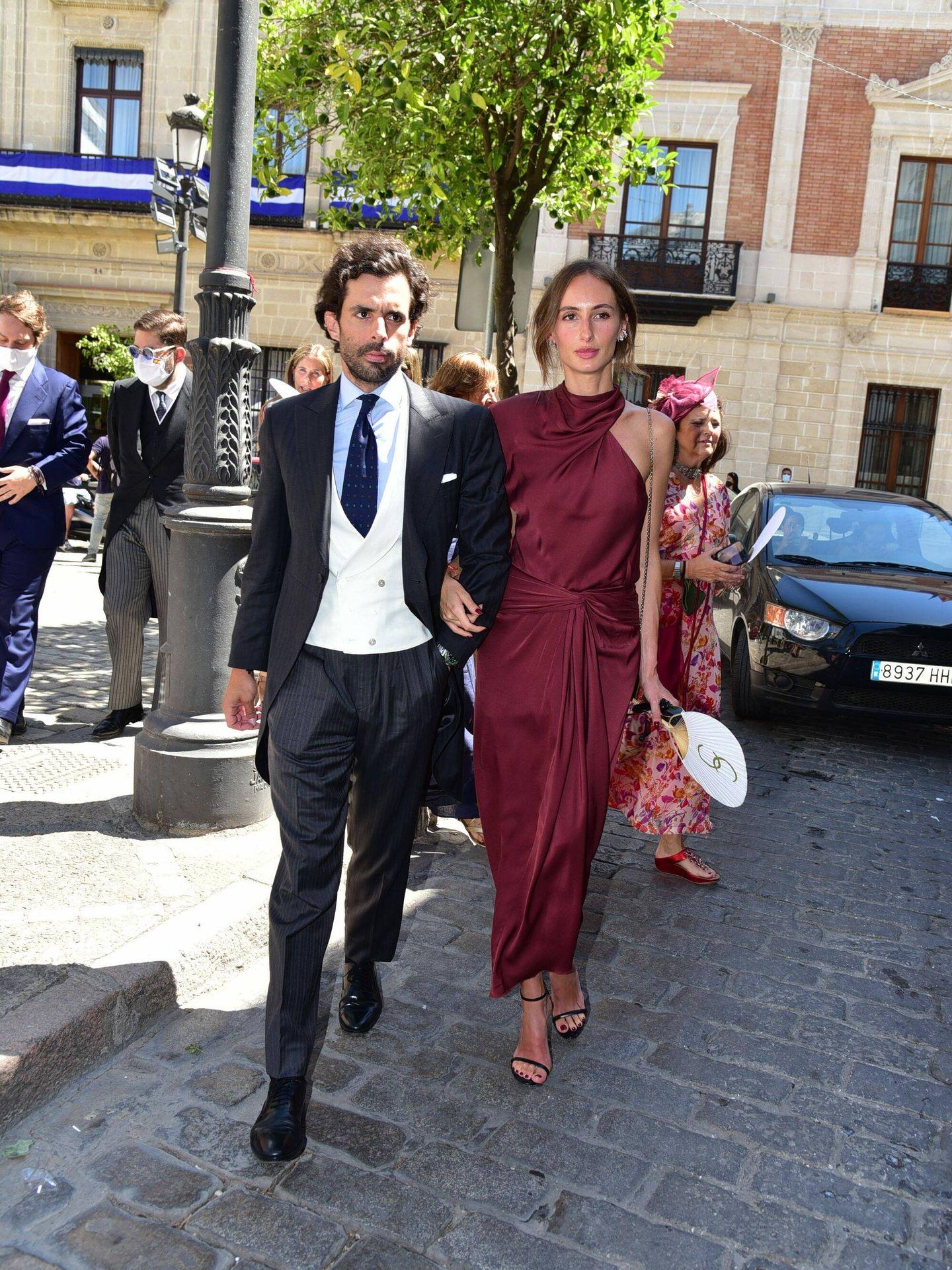 Alonso Aznar y su pareja, Renata Collado. (CP)