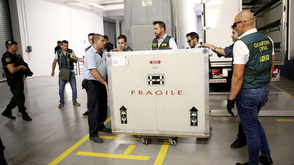 Foto: El Picasso de Botín llega al Reina Sofía rodeado de fuertes medidas de seguridad