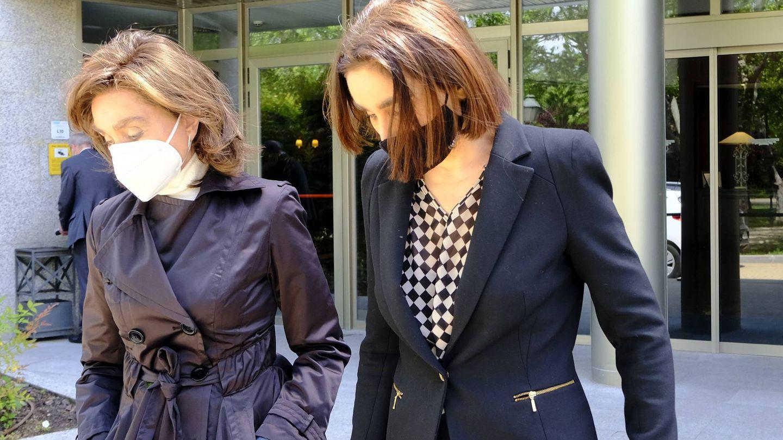 Paloma Segrelles y su hija Paloma. (CP)