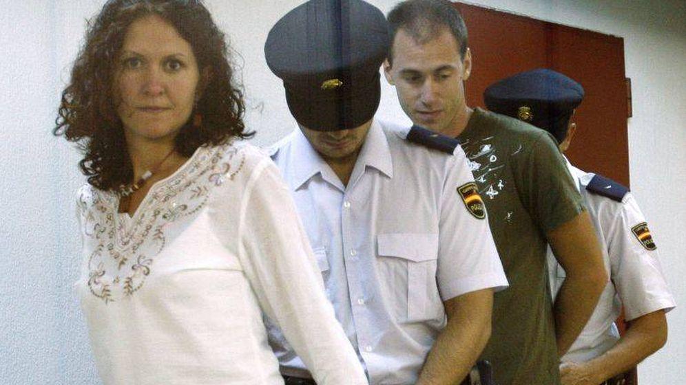 Foto: Mikel Orbegozo y Sara Majarenas, detenidos en 2005 (EFE)
