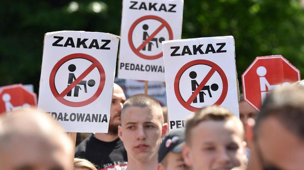 Foto: Imagen de archivo de una protesta antigay en Varsovia. (Reuters)