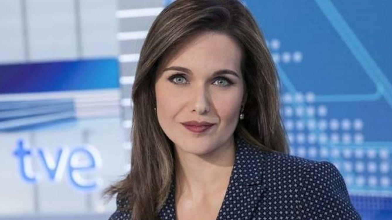 Una presentadora de TVE la lía parda con un tuit sobre los 'chemtrails'