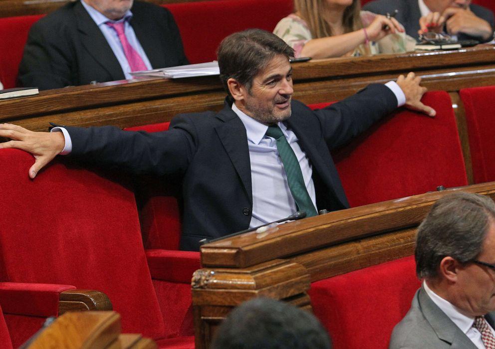 Foto: Oriol Pujol en el Parlament (Efe)