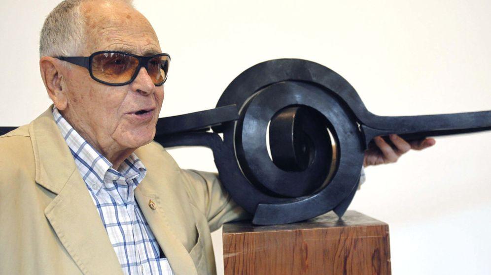Foto: El escultor grancanario Martín Chirino. (EFE)