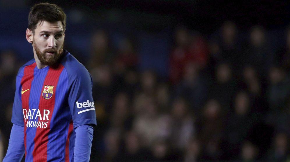 Foto: Messi no acompañará a Cristiano y Griezmann en Zúrich (Juan Carlos Cardenas/EFE)