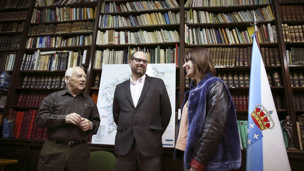 Foto: El alcalde de Santiago de Compostela, Martiño Noriega, visitando Centro Gallego en Buenos Aires. (EFE)