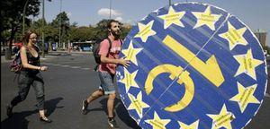 """Los """"indignados"""" denuncian en Madrid el """"golpe de Estado"""" de los mercados"""