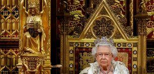Post de Isabel II, sin la corona imperial en el Parlamento (y llega tarde por primera vez)