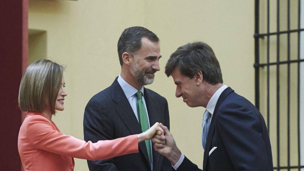 Foto: Cayetano saludando a la reina Letizia. (LP)