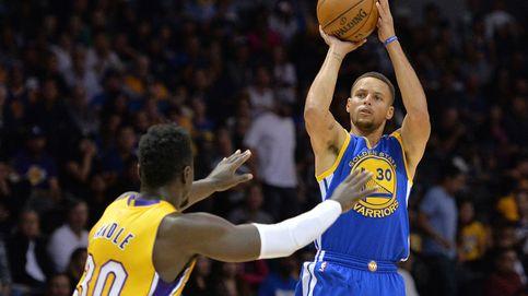 Curry, el mejor triplista de la historia, se queda a cero dos años después