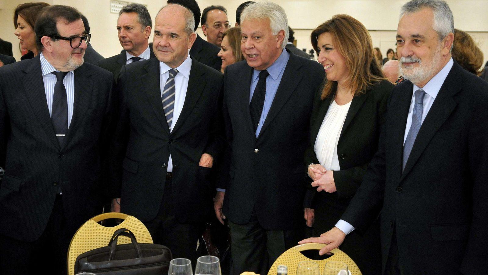 Foto: Manuel Chaves, Felipe González, Susana Díaz y José Antonio Griñán. (EFE)