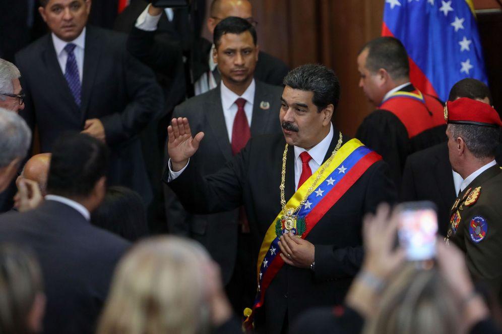 Foto: El presidente de Venezuela, Nicolás Maduro (c), llega a la ceremonia de apertura del año judicial, este jueves en Caracas, Venezuela. (EFE)