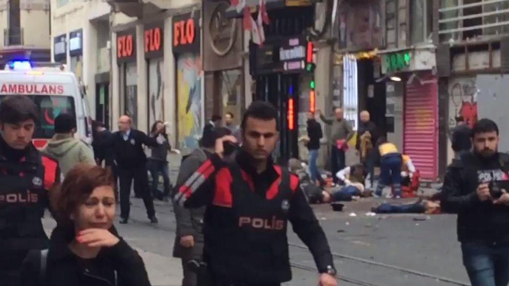 Foto: Imagen del atentado en Estambul.