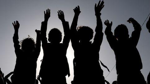Nuevo año escolar en Yemen y festival Raksha Bandhan en Calcula: el día en fotos