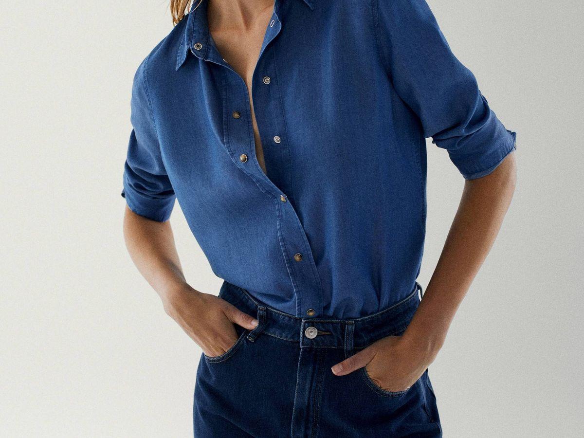Foto: Camisa 'denim' de Massimo Dutti. (Cortesía)