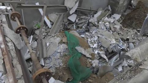 Un camión de 15 toneladas cae encima de una vivienda en Málaga