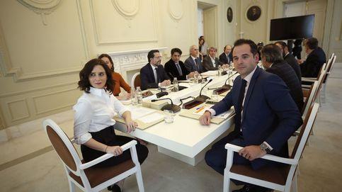 Vuelve la guerra soterrada en Madrid entre PP y Cs en plena crisis de las residencias