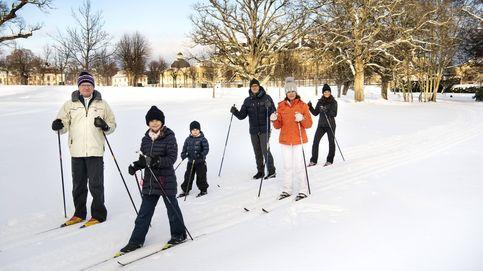 La familia real sueca: un día en la nieve y un proyecto televisivo inquietante